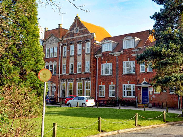 Ashby School Leicester Received Audio Visual Installation, full Sound System and Lighting Effects