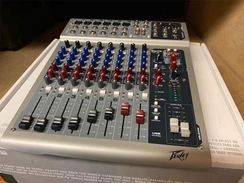 Used Peavey PV10 USB Compact Portable Live Mixer with 16 DSP Effects
